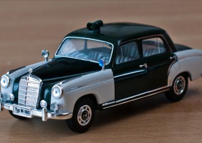 """""""Ponton"""" Mercedes  W 120 (Modell 1:43) Bj. 1953-1962"""