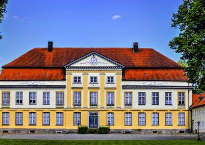 Herrenhaus  erbaut 1730 bis 1745