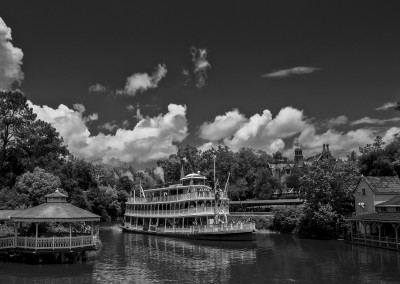 Tom Sawyer Island, Frontierland