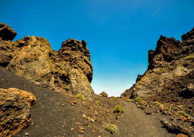Für einen Rundblick: https://www.mike-tovar.de/fotos/fotografie/caldera-de-los-cuervos-volcan-el-cuervo/